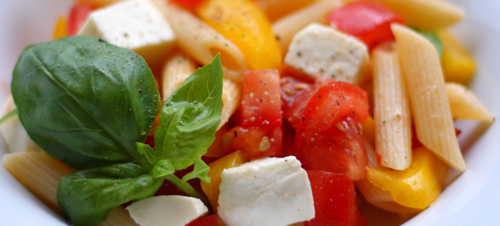 Nudelsalat in den italienischen Farben (© Redaktion - Portanapoli.com)