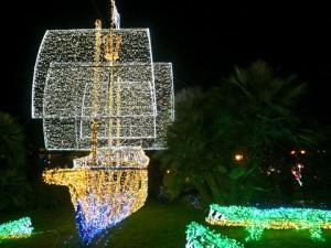 Schiff aus Lichtern (Umberto - Portanapoli.com)