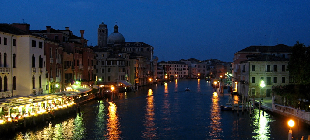 Venedig by night (© Redaktion - Portanapoli.com)