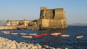 Castel dell'Ovo im Abendlicht ( Redaktion Portanapoli.com)