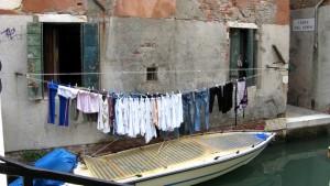 Raffiniertes Seilsystem zum Wäschetrocknen