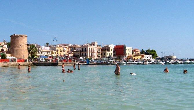 Fischerdorf am Strand von Mondello