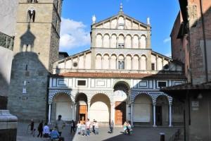 Fassade des Doms in Pistoia (Gino Gianci - Fototeca ENIT)