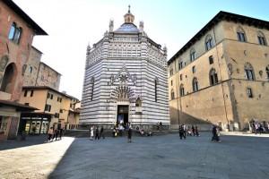 Baptisterium in Pistoia (© Gino Gianchi - Fototeca ENIT)