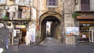 Altstadt von Neapel - Via dei Tribunali
