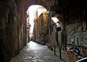 Schmale Gasse in der Altstadt