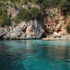 Malerische Buchten und türkisblaues Meer: Baia Infreschi im Cilento