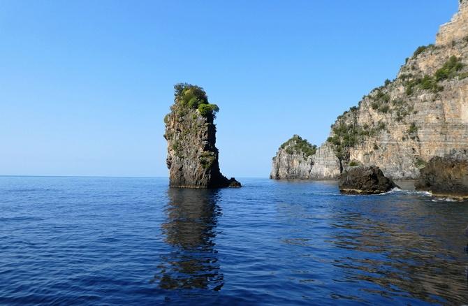 Felsenformation an der Küste