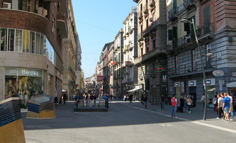 Via Toledo in Neapel